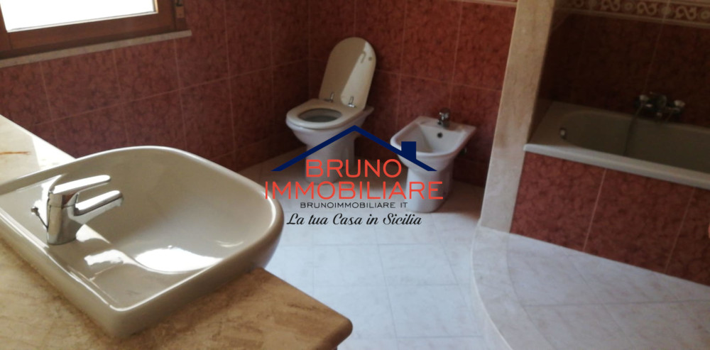 Alcamo, 3 Bedrooms Bedrooms, 6 Rooms Rooms,2 BathroomsBathrooms,Appartamento,In Vendita,1086
