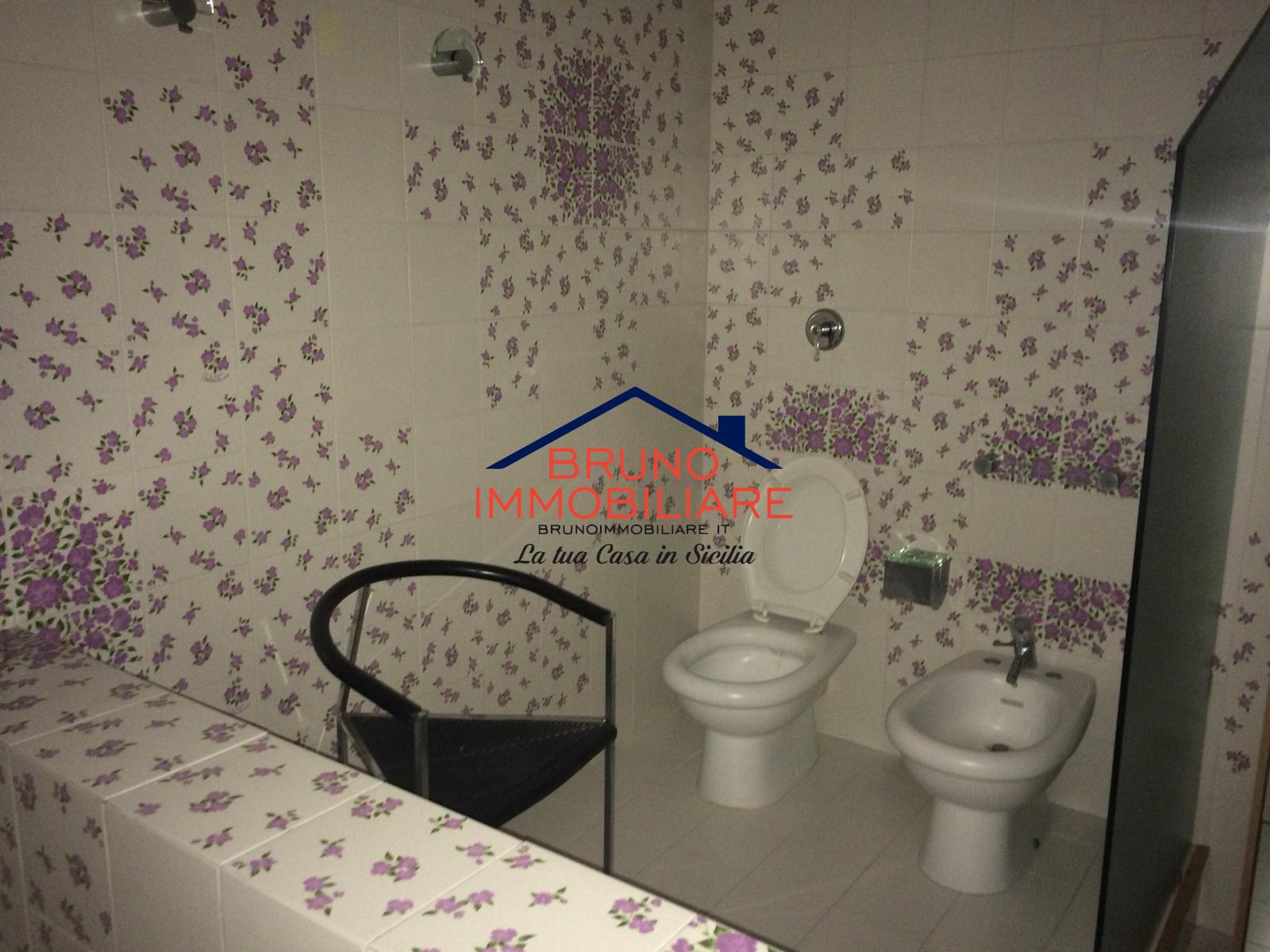 Alcamo, 2 Bedrooms Bedrooms, 5 Rooms Rooms,2 BathroomsBathrooms,Appartamento,Affitto,1018