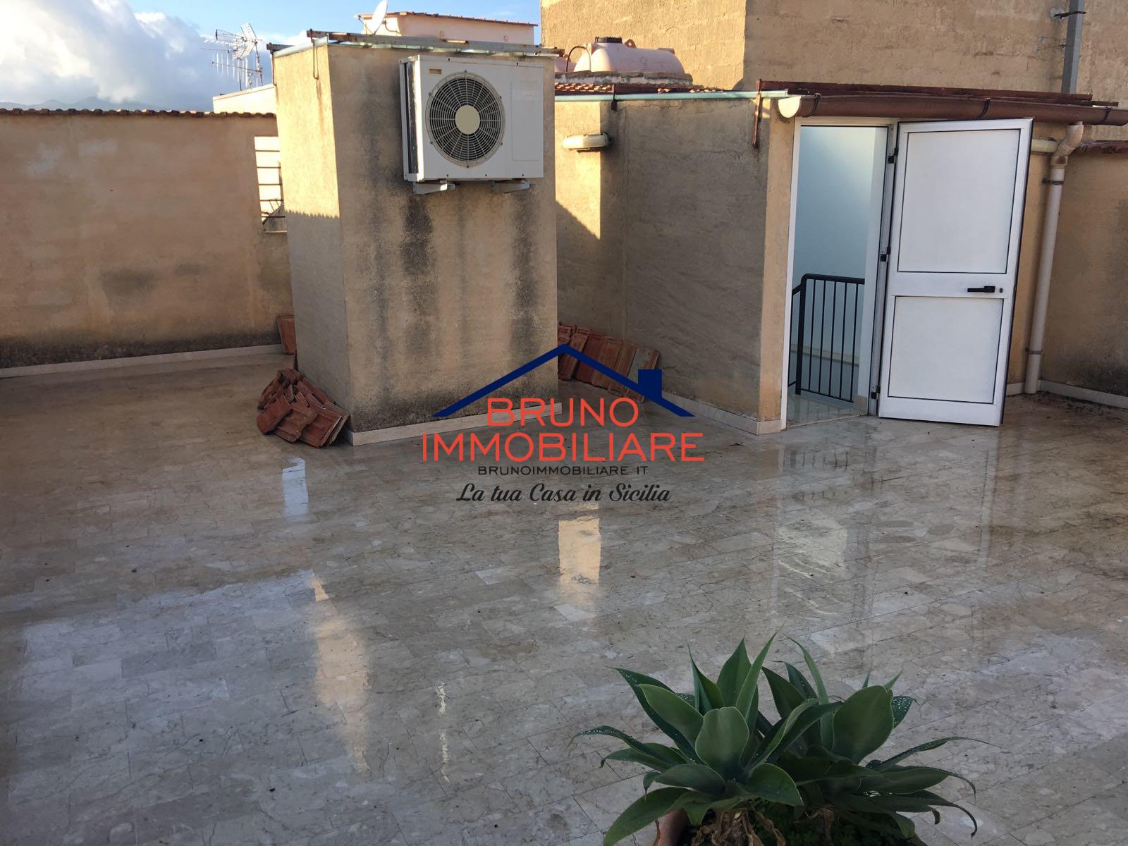 Alcamo, 2 Bedrooms Bedrooms, 4 Rooms Rooms,2 BathroomsBathrooms,Appartamento,Affitto,1030