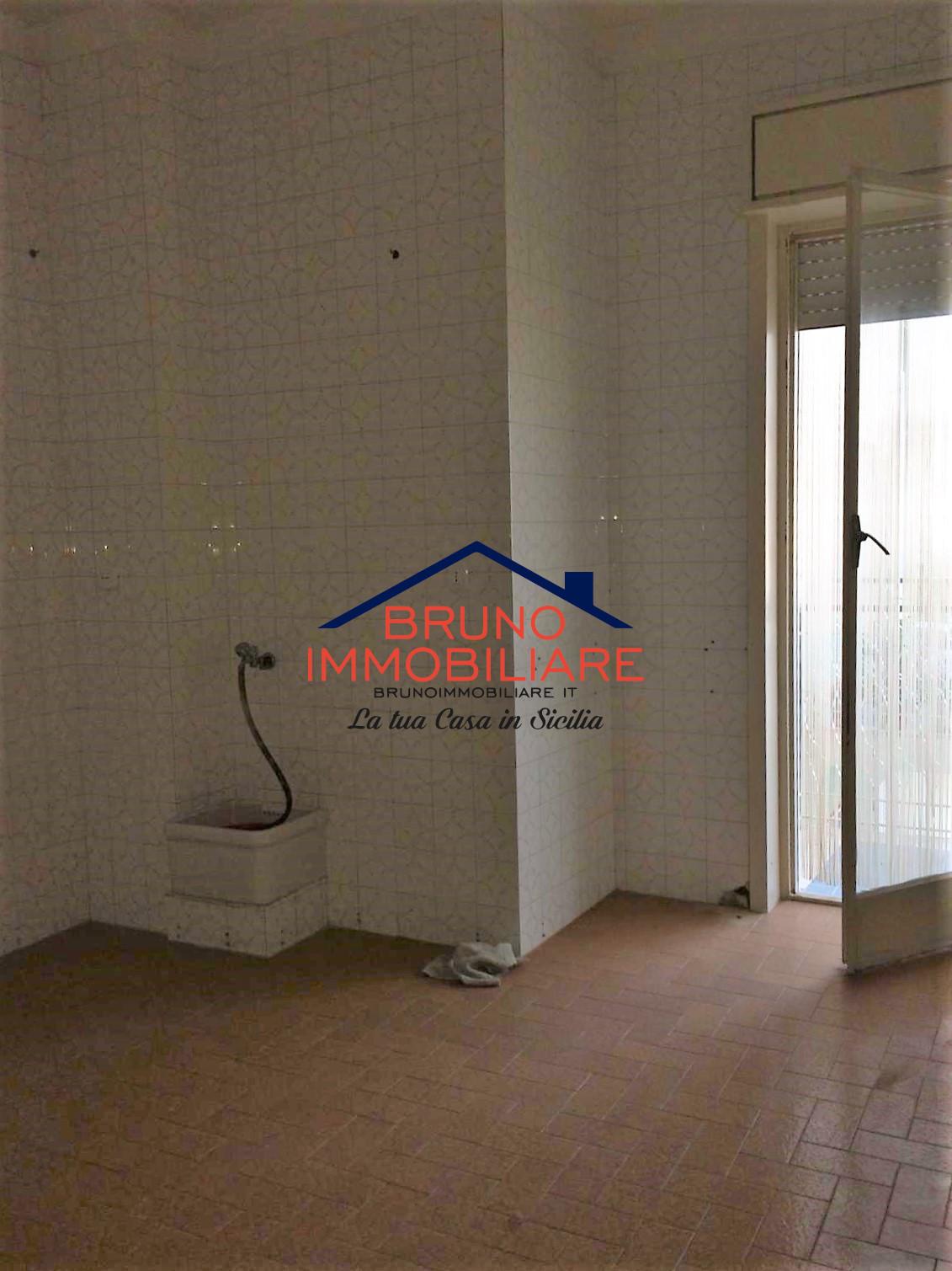 Alcamo, 3 Bedrooms Bedrooms, ,2 BathroomsBathrooms,Appartamento in condominio,Affitto,1042